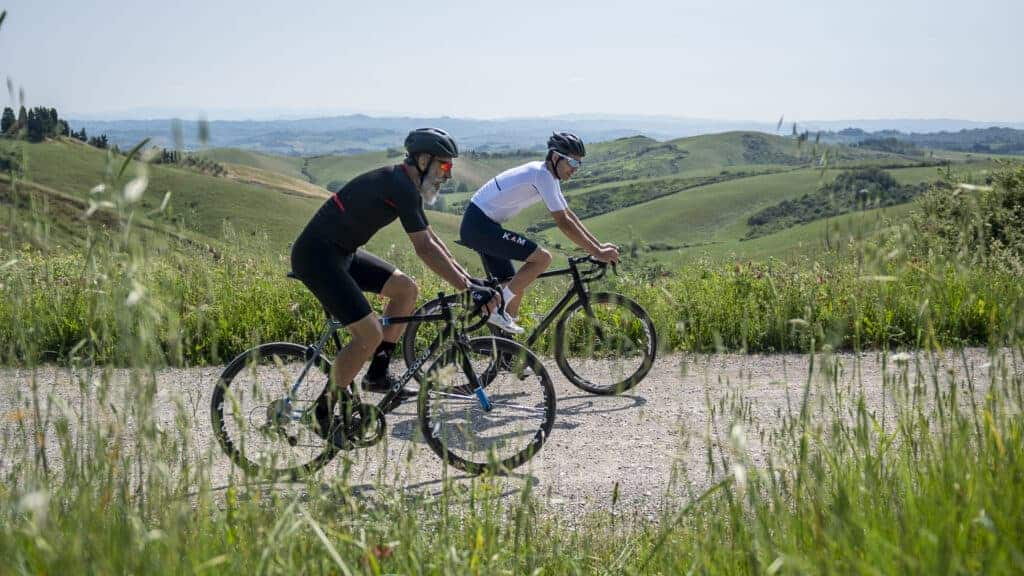 Linea Race km abbigliamento ciclismo