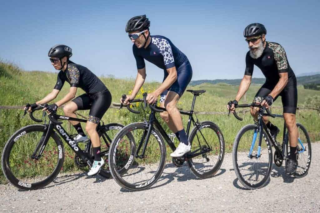 Linea shoulder km abbigliamento ciclismo